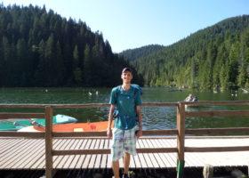 Jirka-at-Lacul-Rosu
